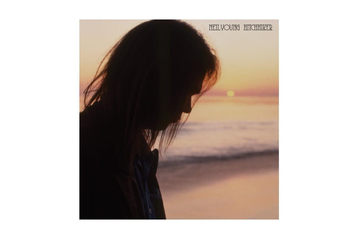"Neil Young ""Hitchhiker"" – recenzja płyty"