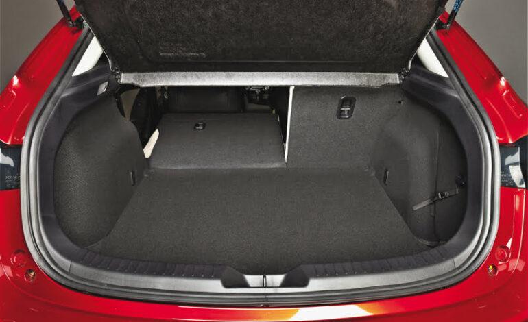Mazda3_bagaznik