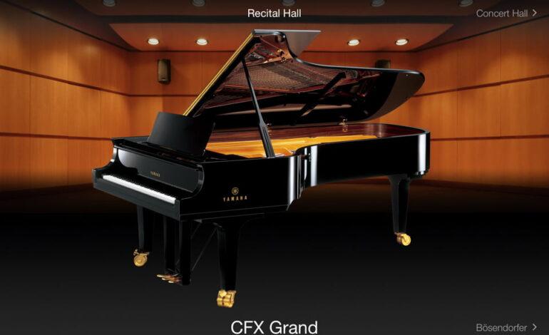Yamaha Smart Pianist - Piano Room