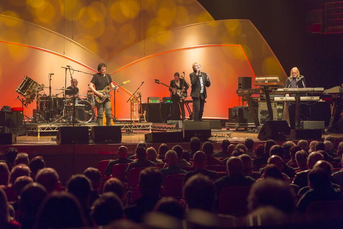 Yes featuring Jon Anderson, Trevor Rabin and Rick Wakeman w Warszawie