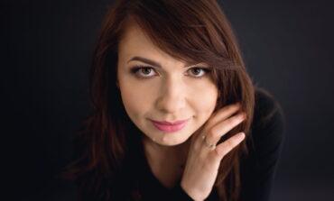 Anna Wilczewska – Hipnotyzująca aura