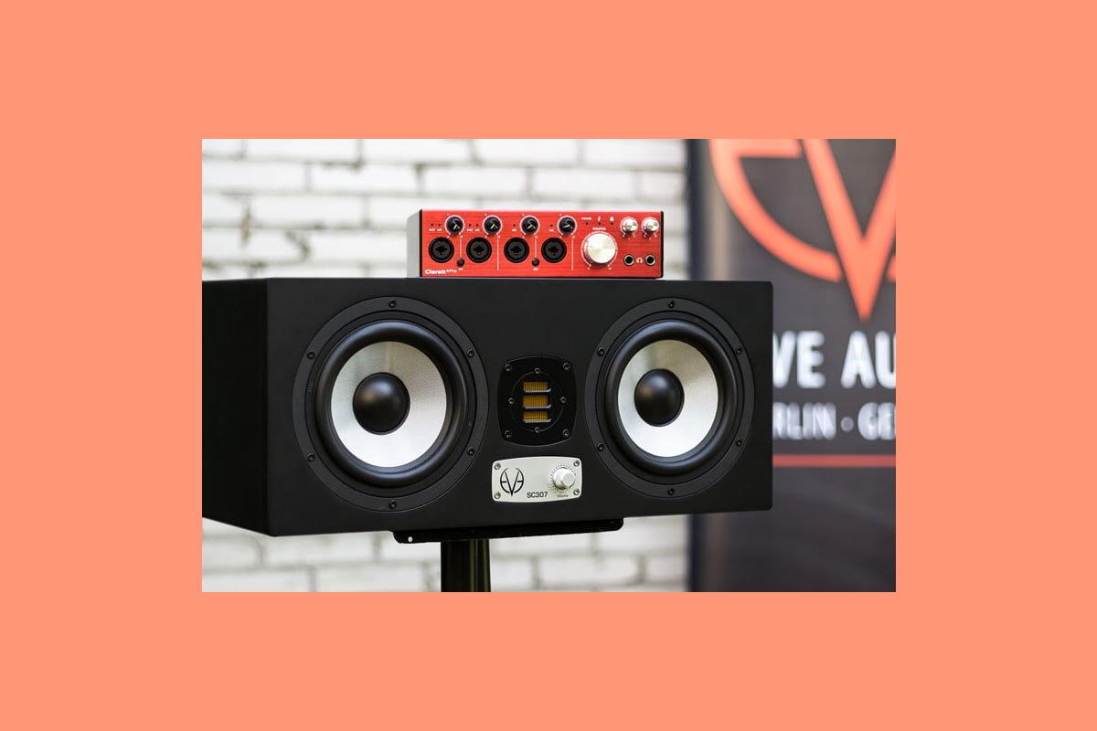 Monitory Eve Audio SC307 z interfejsem Focusrite Clarett 4Pre