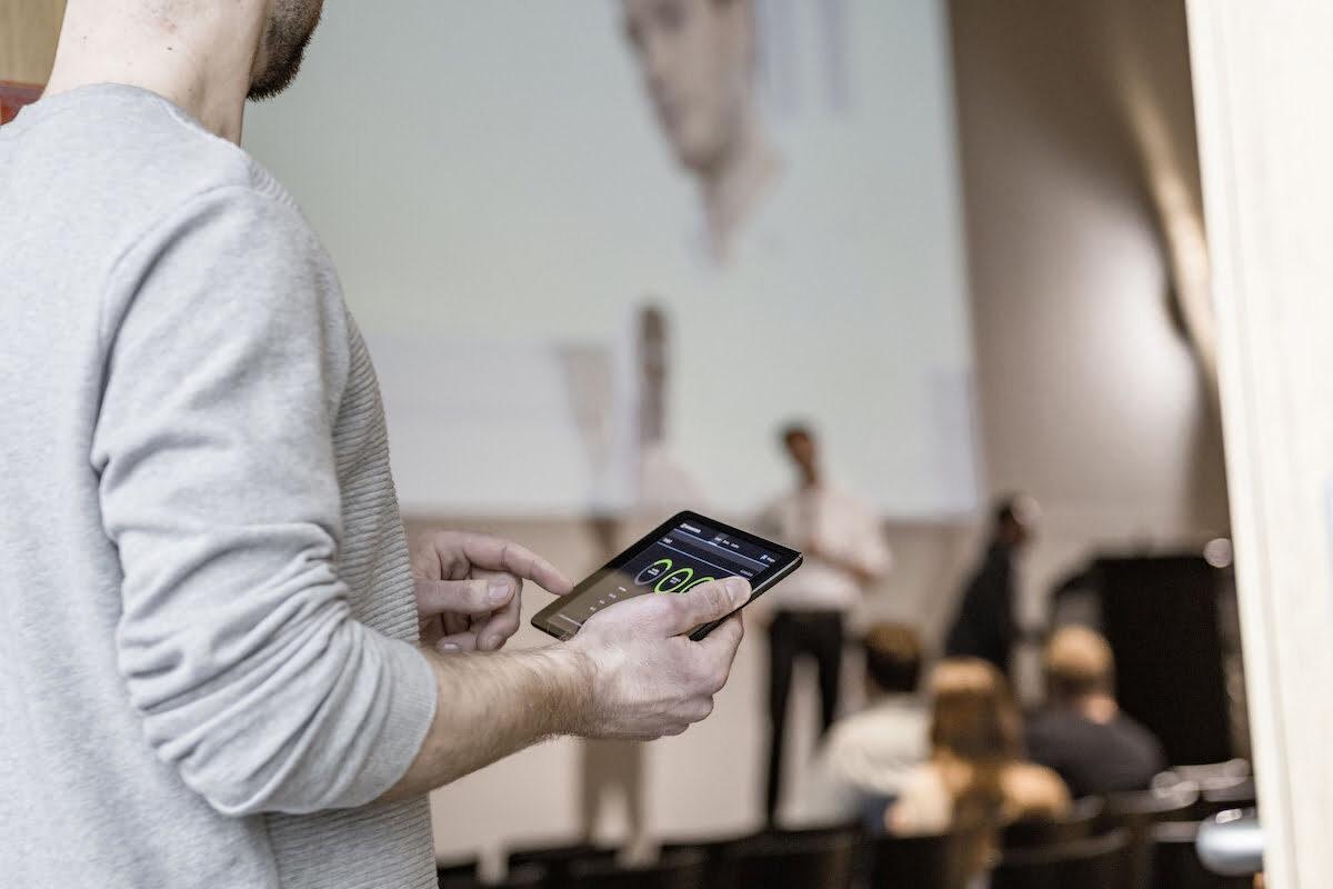 Sennheiser Control Cockpit – nowy standard zarządzania mikrofonami bezprzewodowymi