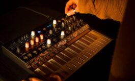 Arturia MicroFreak – kompaktowy syntezator hybrydowy