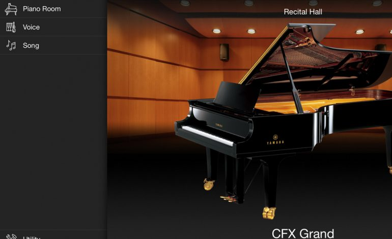 Yamaha P-515 Smart Pianist 01