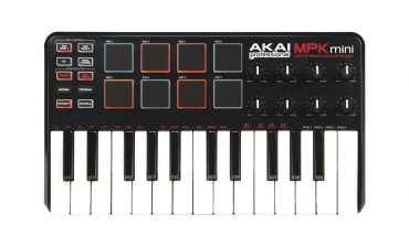 Akai MPK mini – test klawiatury sterującej