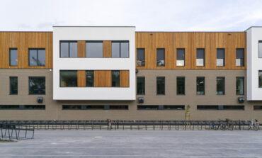 Systemy Electro-Voice i Dynacord w budynku szkoły w Markach