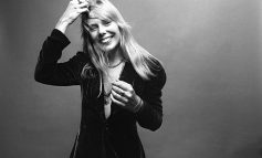 Joni Mitchell laureatką Les Paul Innovation Award