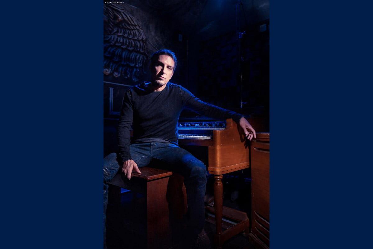 """Derek Sherinian – """"Empyrean Sky"""" zapowiada """"The Phoenix"""""""