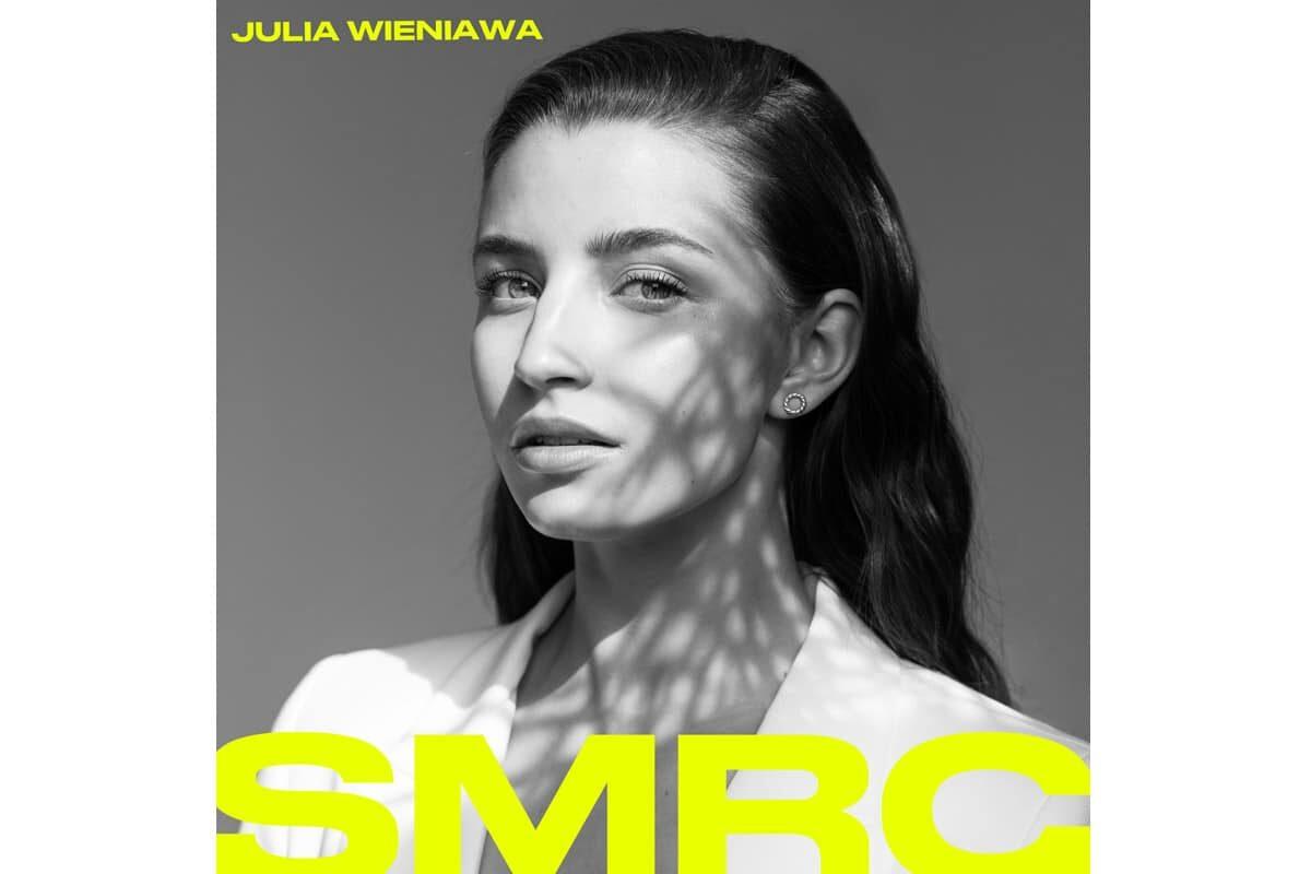 """Julia Wieniawa – """"SMRC"""" (wideo)"""