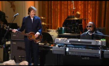 Czy Stevie Wonder widzi?