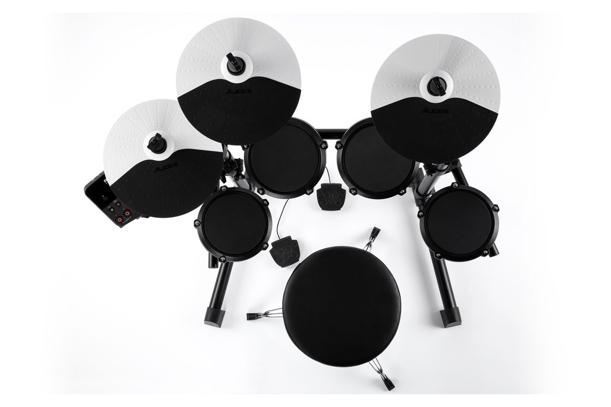 Alesis Debut Kit i E-Drum Total – nowe perkusje elektroniczne