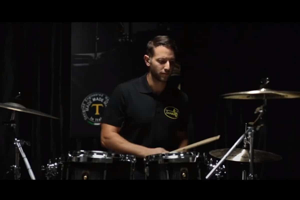 Eric Kalver i perkusja Tamburo Unika