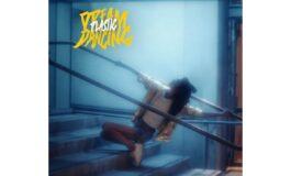 """""""Dream Dancing (I Hear The Music)"""" zapowiada nową płytę Plastic"""