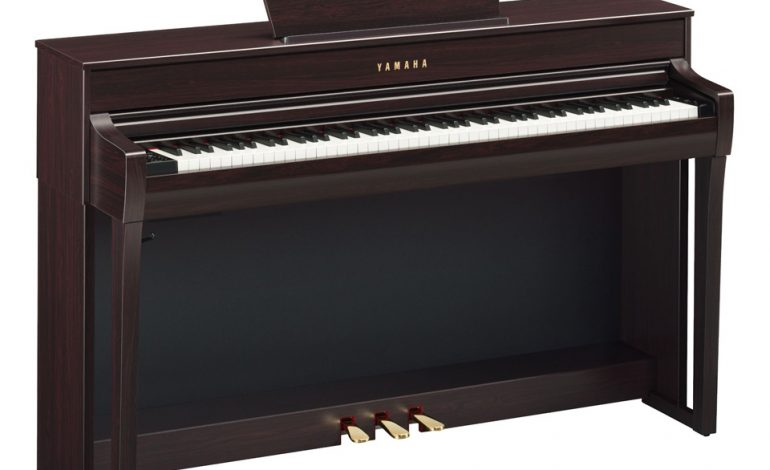 CLP-735