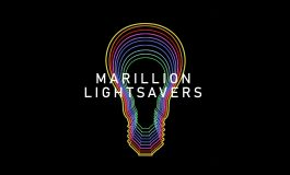 Lightsavers – nietypowa inicjatywa zespołu Marillion